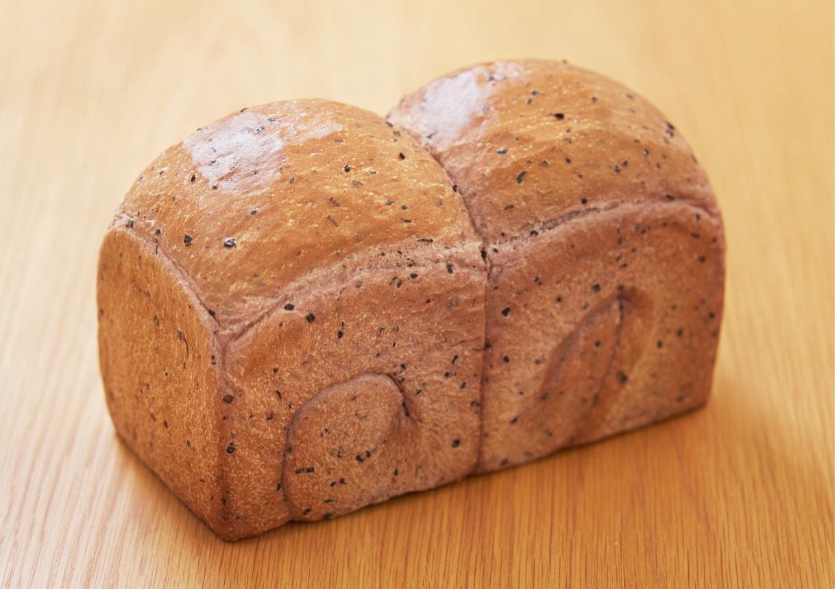 黒米食パン